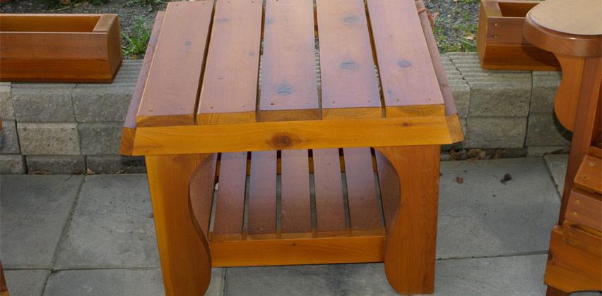 Peacock Woodcraft Shelf Table